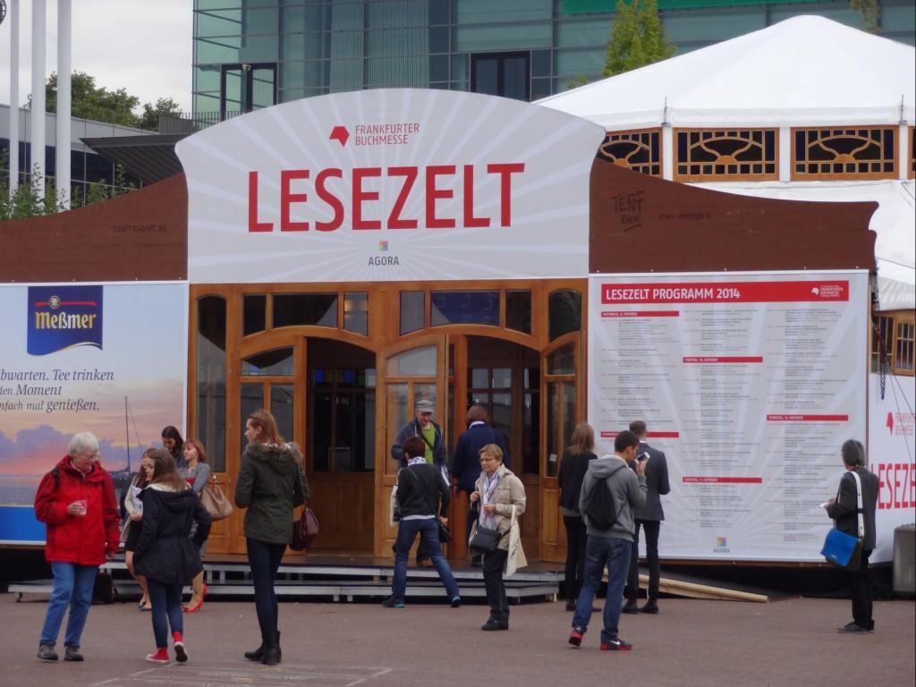 Lesezelt auf der Frankfurter Buchmesse 2014
